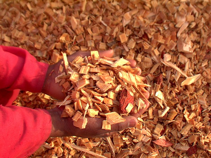 Wood chips mulch | Wood Bark | Moving Trees & Crane Truck Hire